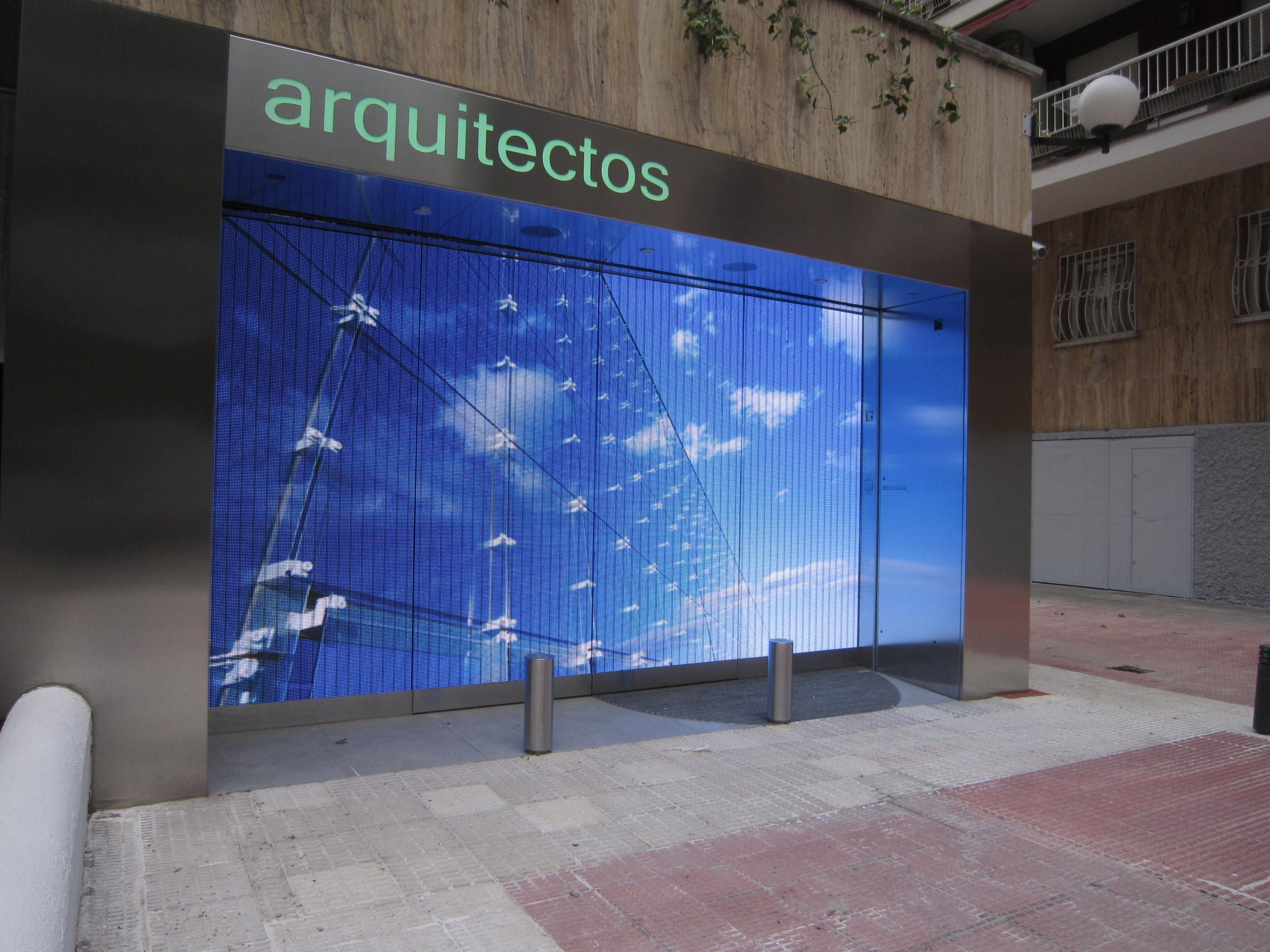 Pantalla led indoor p xel pitch 7 62mm encapsulado smd grupo riofr o madrid pinterest - Grupo riofrio ...