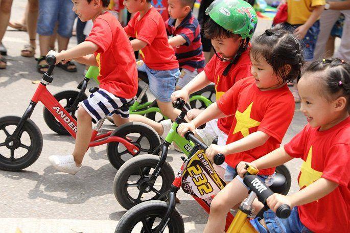 áo cờ đỏ sao vàng cho bé - Hình 1