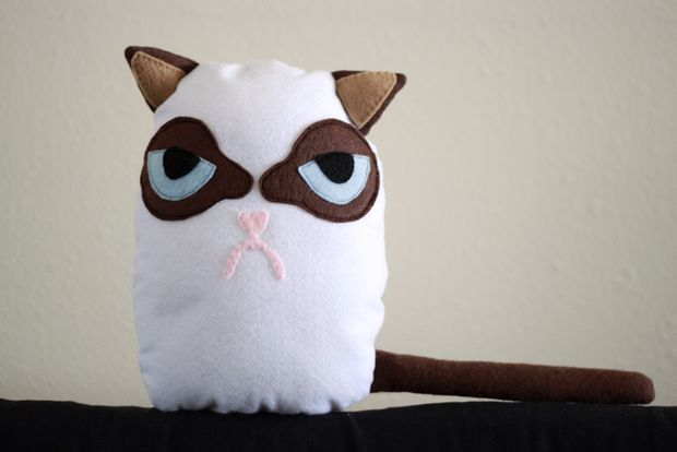How to Make a Grumpy Cat Plush | Nähen