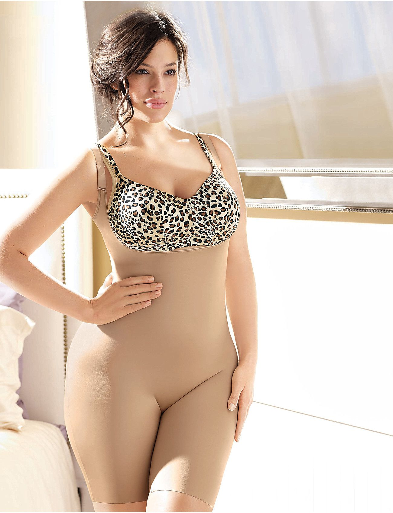 d25433bf233 Plus size SPANX Slimplicity Open-Bust Body Suit~~ SPANX were a heaven send  from God to save my closet!!