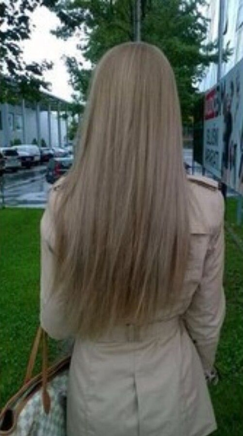 medium ash blonde hair
