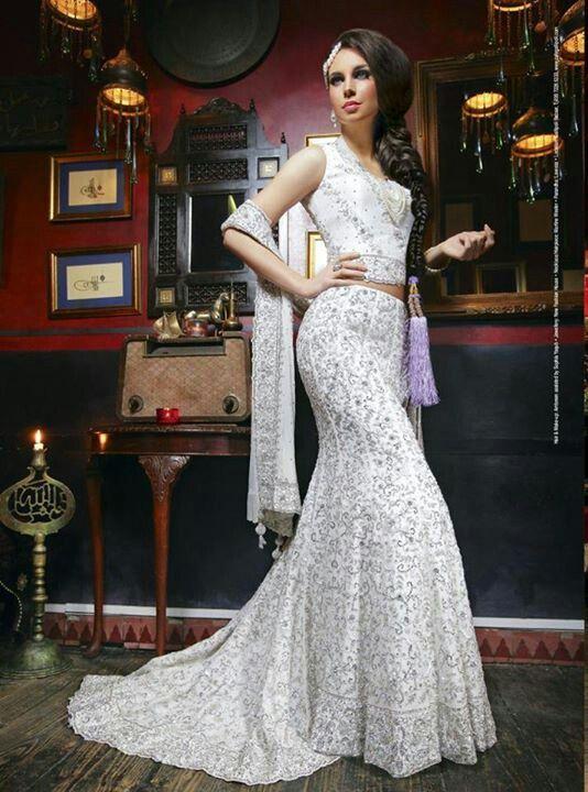 daa0c4202f White lengha | Bridal Lengha &Saree | Wedding dresses, Asian wedding ...