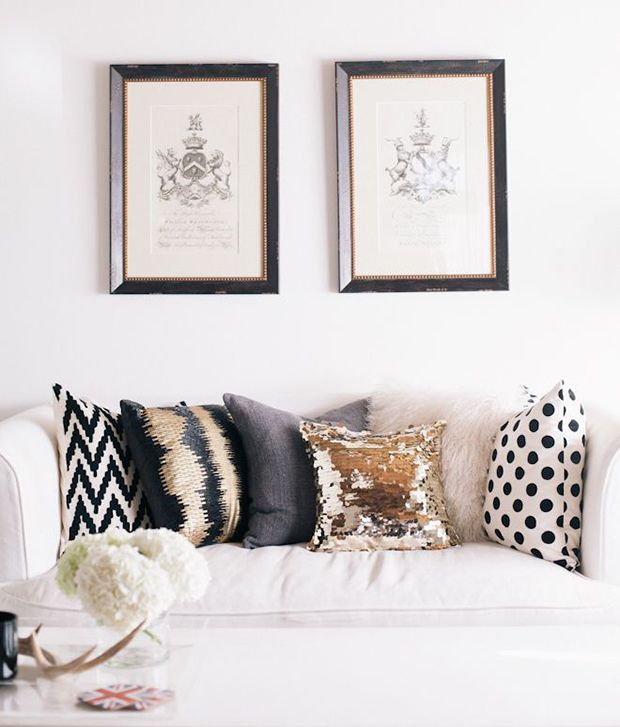Wonderful How To Choose Throw Pillows For Your Couch