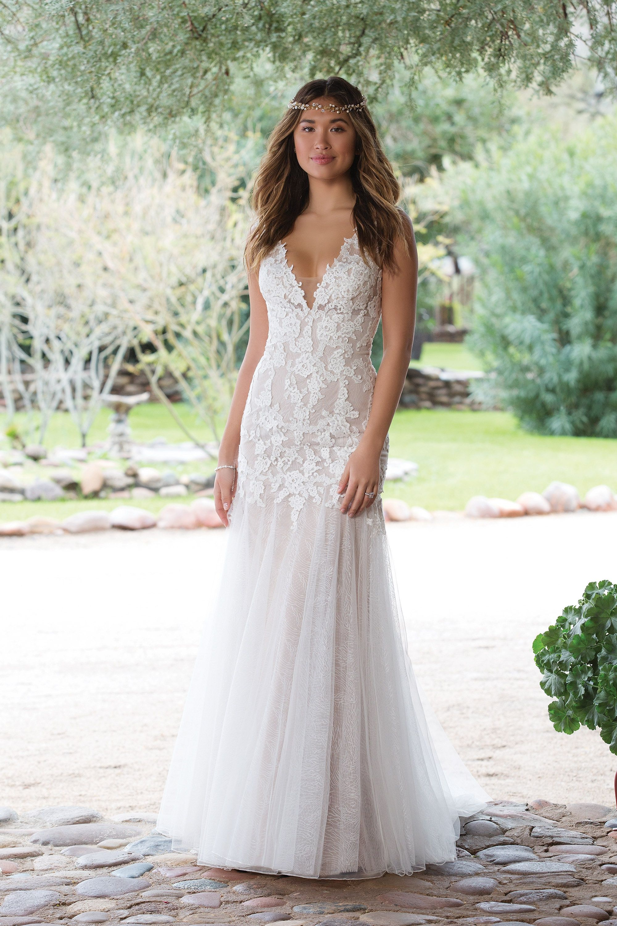 Sweetheart Gowns 1140 Nude/Ivory/Nude Size 10 Venice Lace Trumpet ...