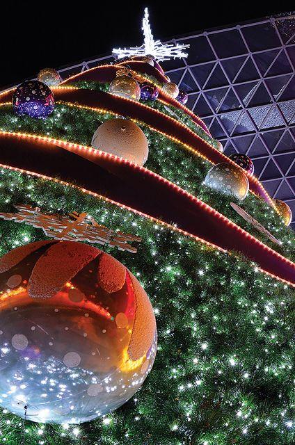 Christmas tree, Singapore