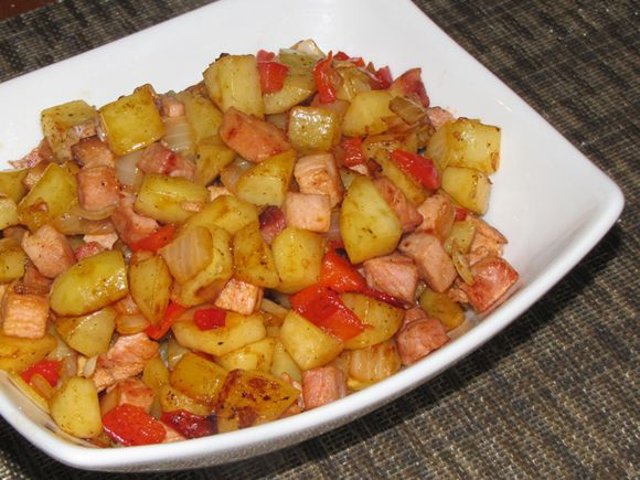 Use Up Leftover Baked Ham In A Hash Diced Potatoes Ham Red Pepper