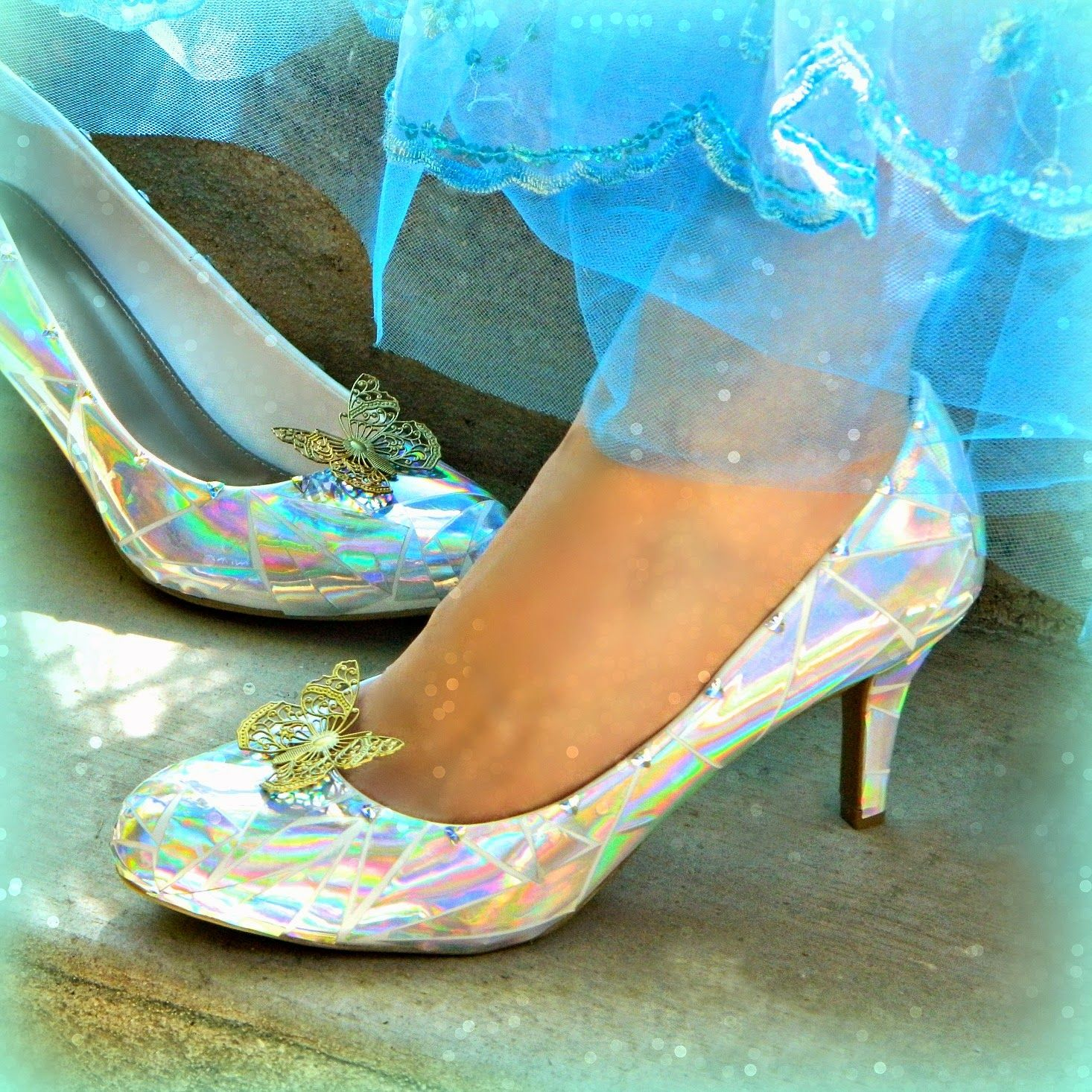 Cinderella S Glass Slippers Diy Diy Slippers Cinderella Shoes Cinderella Cosplay