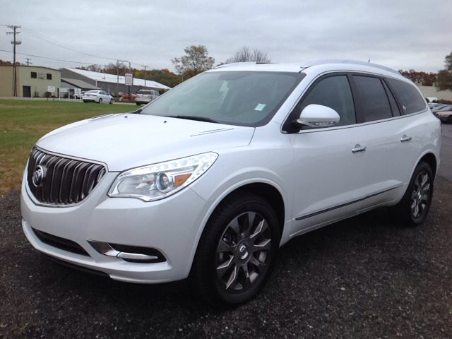 Buick Enclave Seating Capacity >> Introducing The 2016 Buick Enclave For Drivers Demanding