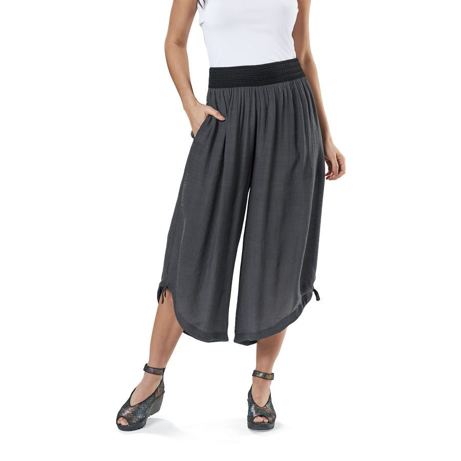 Crepe Cropped Pants - Women's Romantic & Fantasy Inspired Fashions