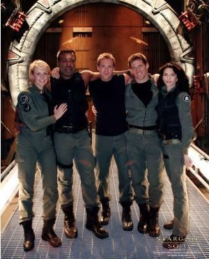 Stargate SG-1 Cast of later seasons  http://images.marketworks.com/hi/67/67241/sg1-misc44.jpg