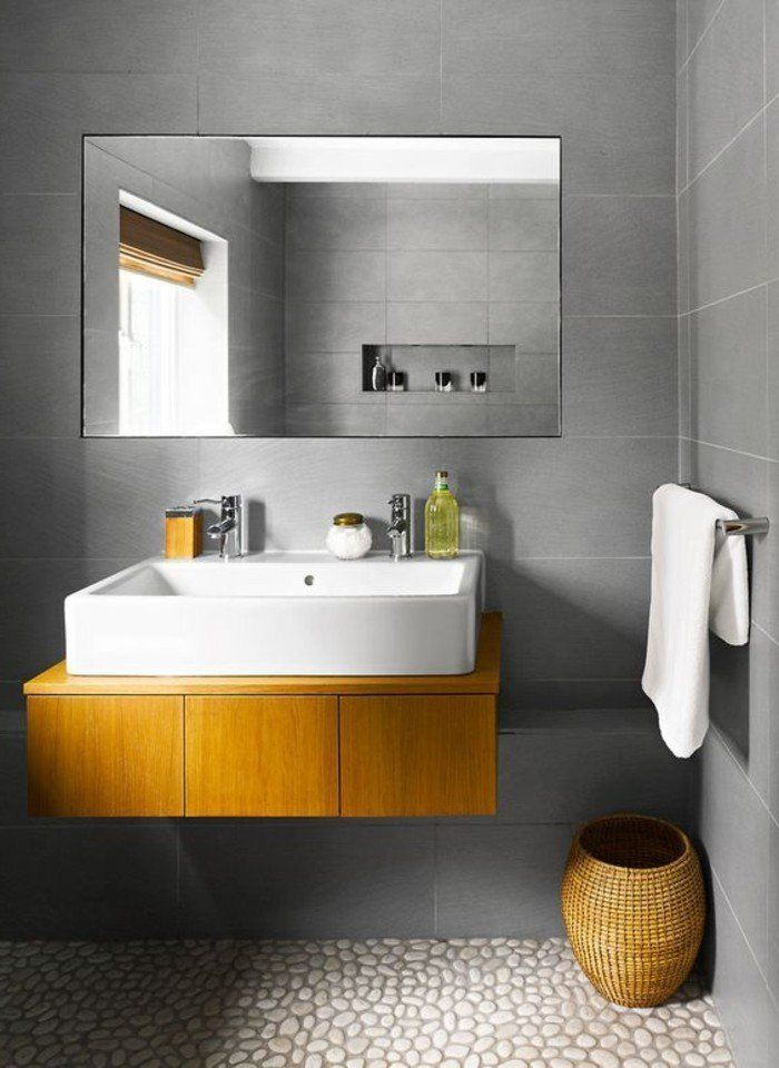 Le carrelage galet, pratique revêtement pour la salle de bain!