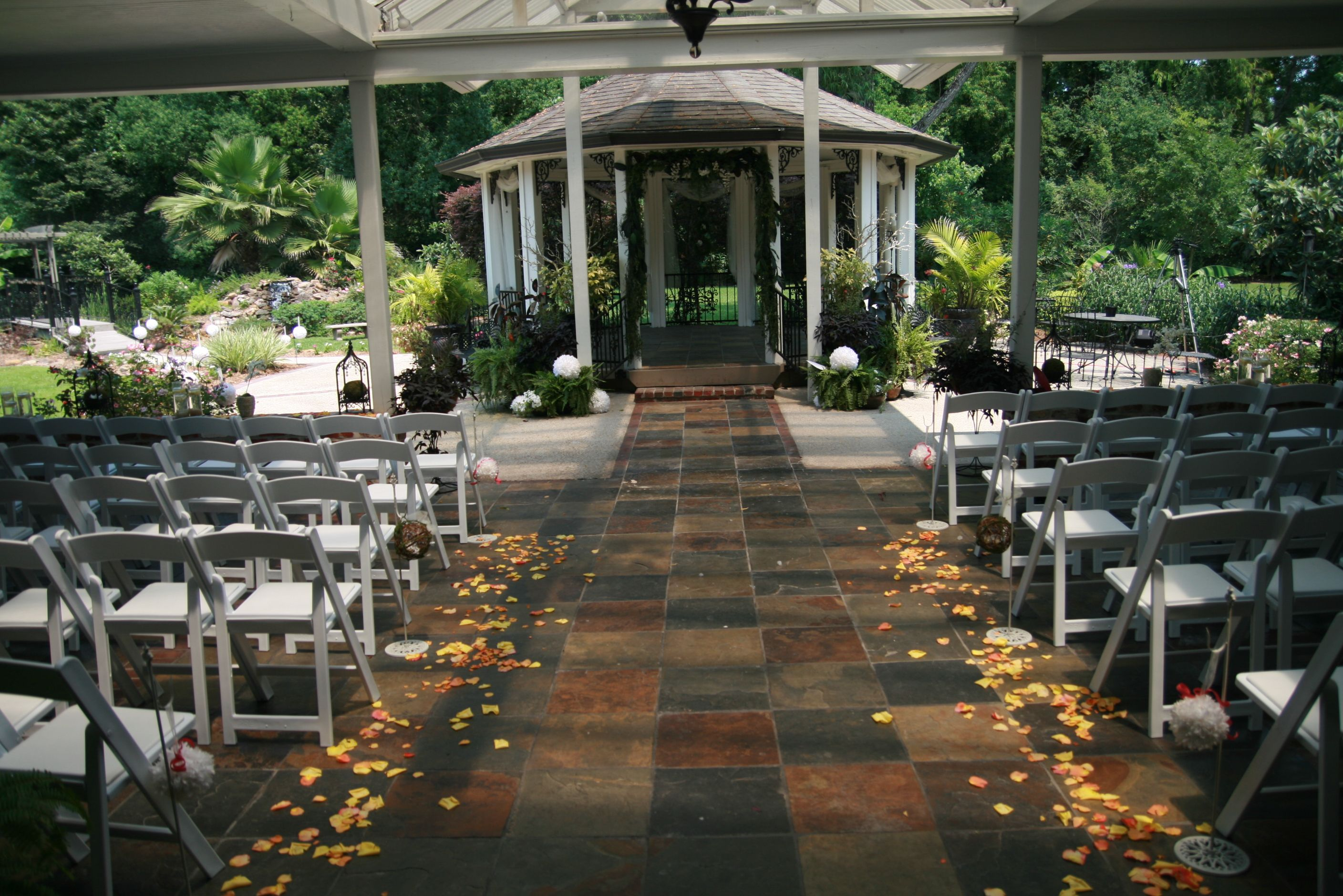 The perfect setting at The Gatehouse in Baton Rouge LA