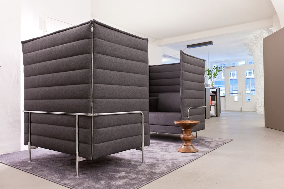 Vitra Alcove Highback Sofa Und Eames Stool Bet We Could