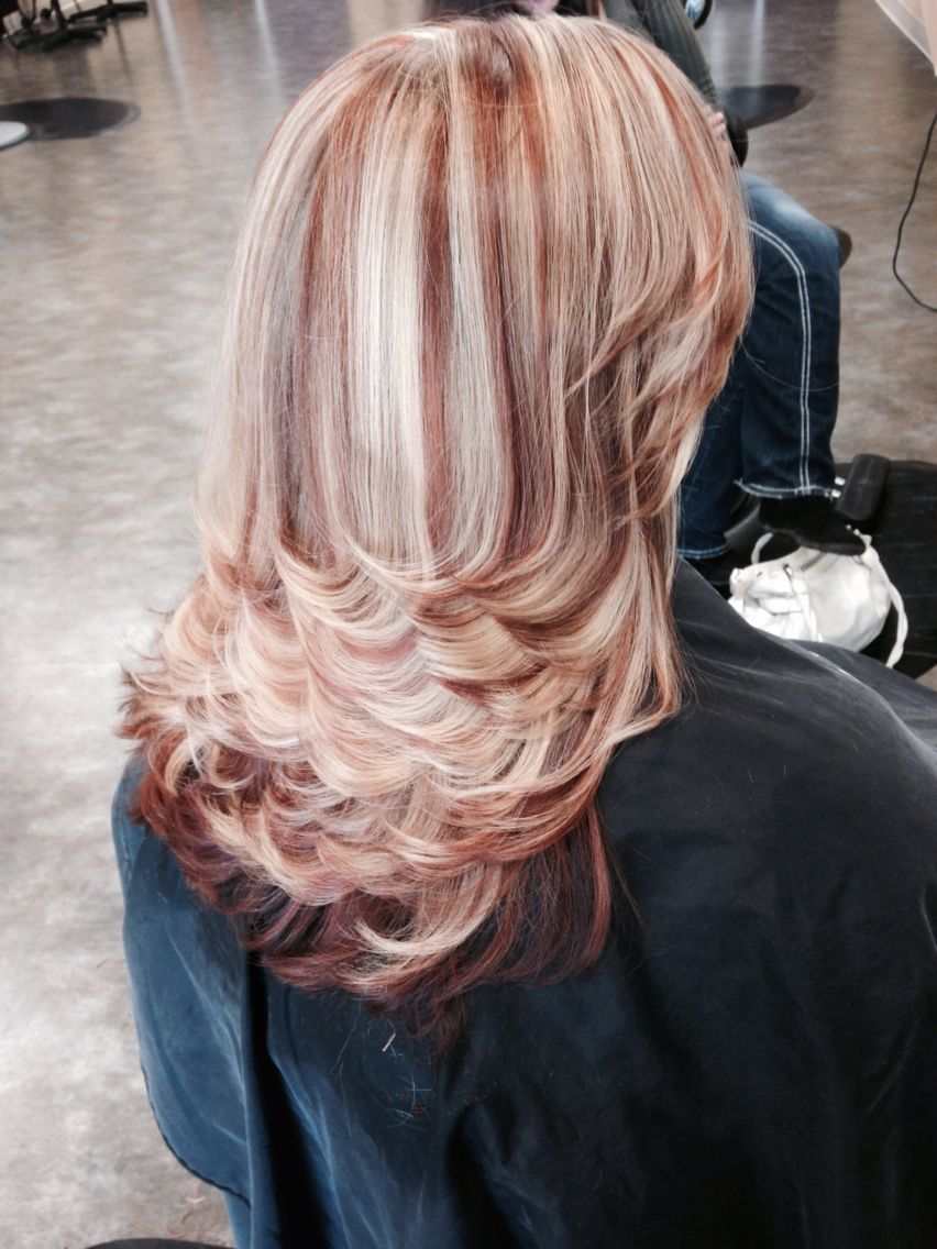 Red Brown And Blonde Highlights And Lowlights Warm Mahogany Blonde Highlights Frosted Hair Hair Inspiration Color