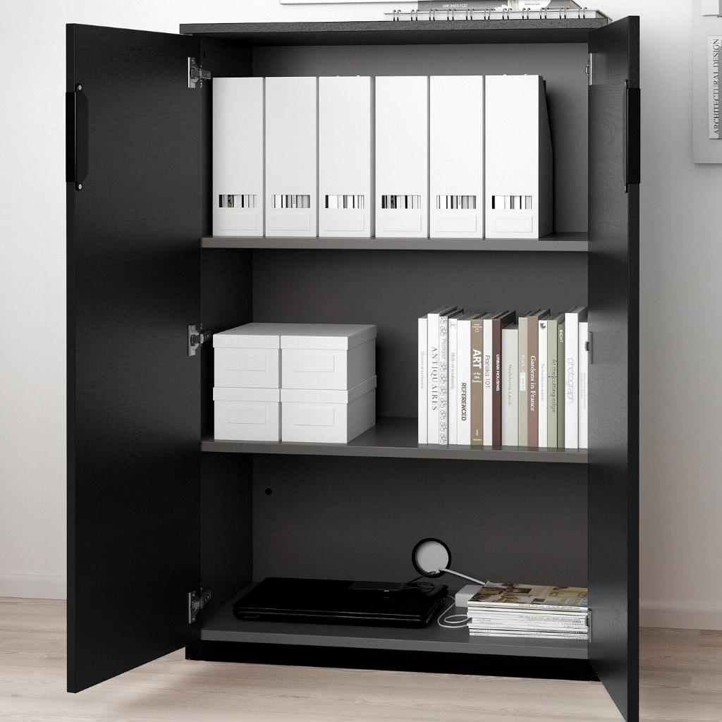 Pin Von Bro Auf Meine Wohnung In 2020 Schrankturen Beizen Ikea