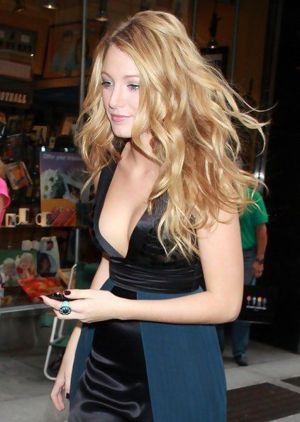 The shiny Blake Lively