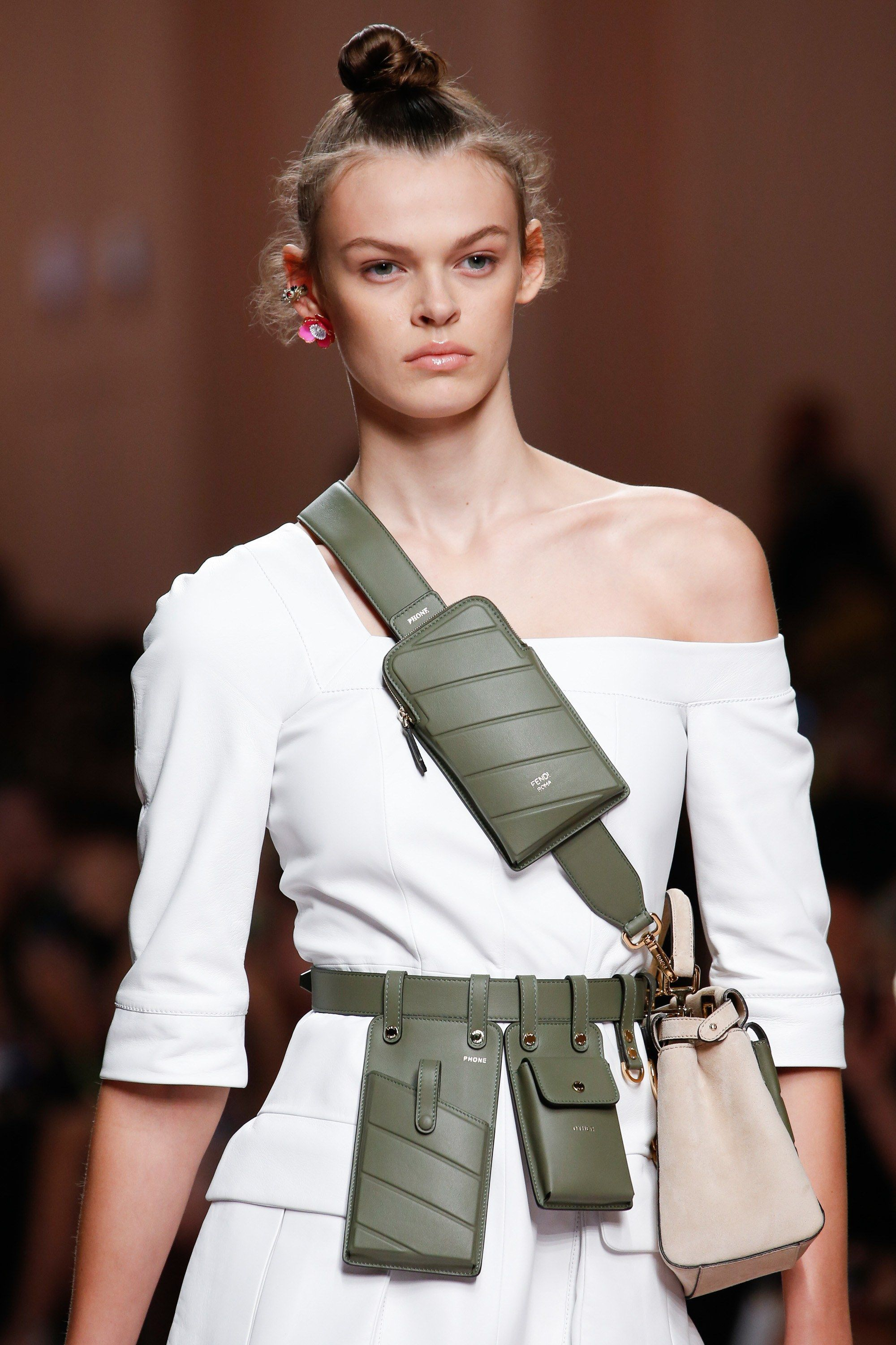 The Top 10 Accessories Trends Of Spring 2019 Fashion Accessories Trends Trending Accessories Emerging Designers Fashion