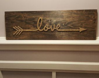 Family String Art Sign with Pictures di BoatMade su Etsy