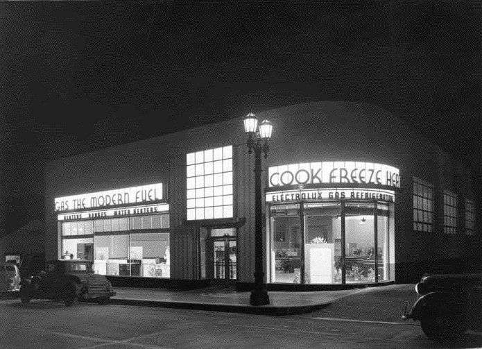 Los Angeles Gas and Electric Showroom, 1937.