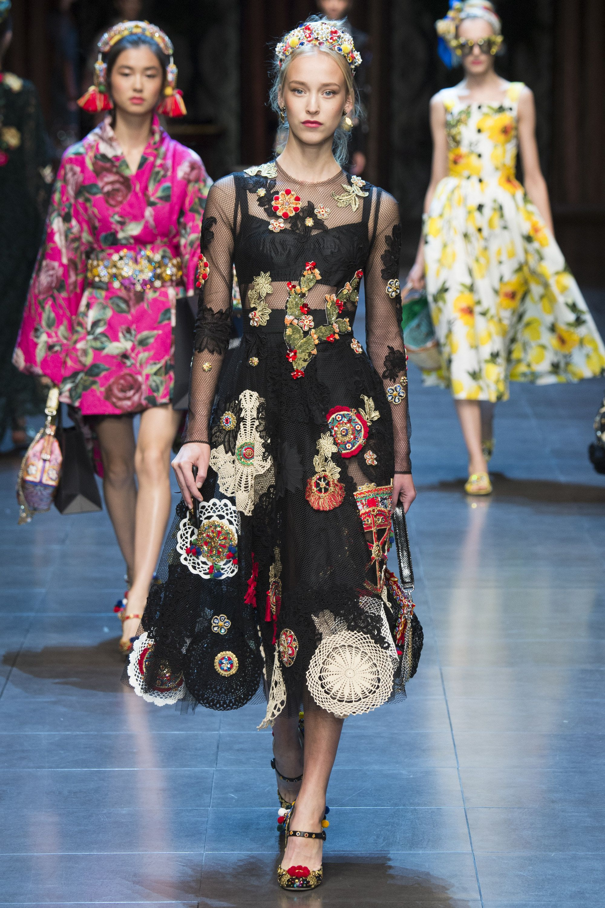 Dolce   Gabbana SPRING 2016 » ANGEL.GE   les vetements   Pinterest ... e0924f56452c