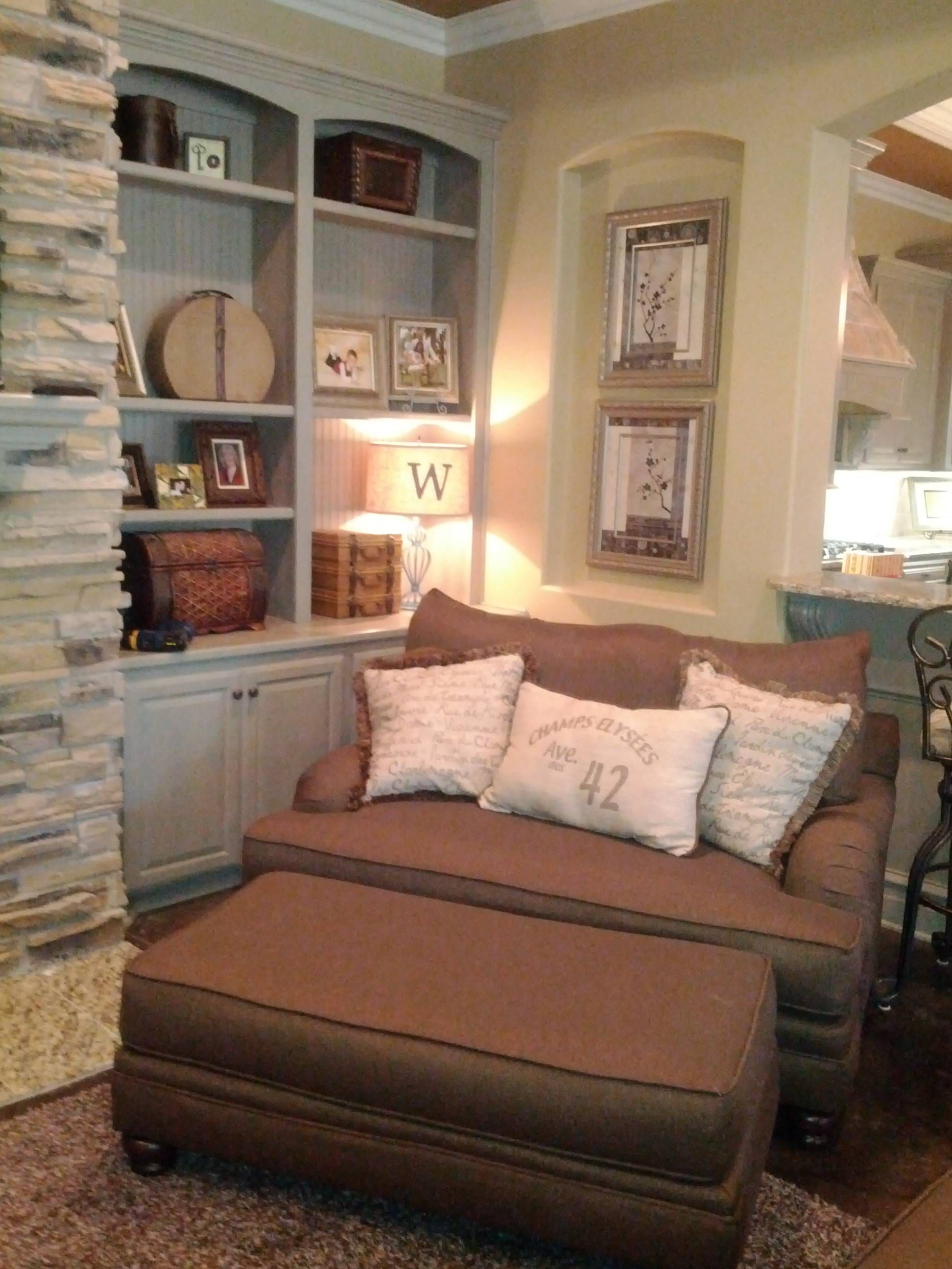Oversized Comfy Chair Chair In Caddy Corner With Shelf Next To It N Deco Pics
