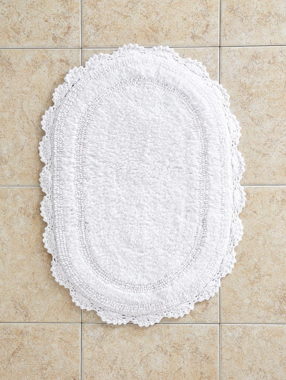 Comfort Step Bath Rug With Crocheted Border In 2020 Bathroom Rugs Bath Rugs Round Bath Mats