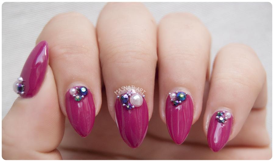 M s nail art notd u as elegantes con cristales for Cristales swarovski para decorar unas
