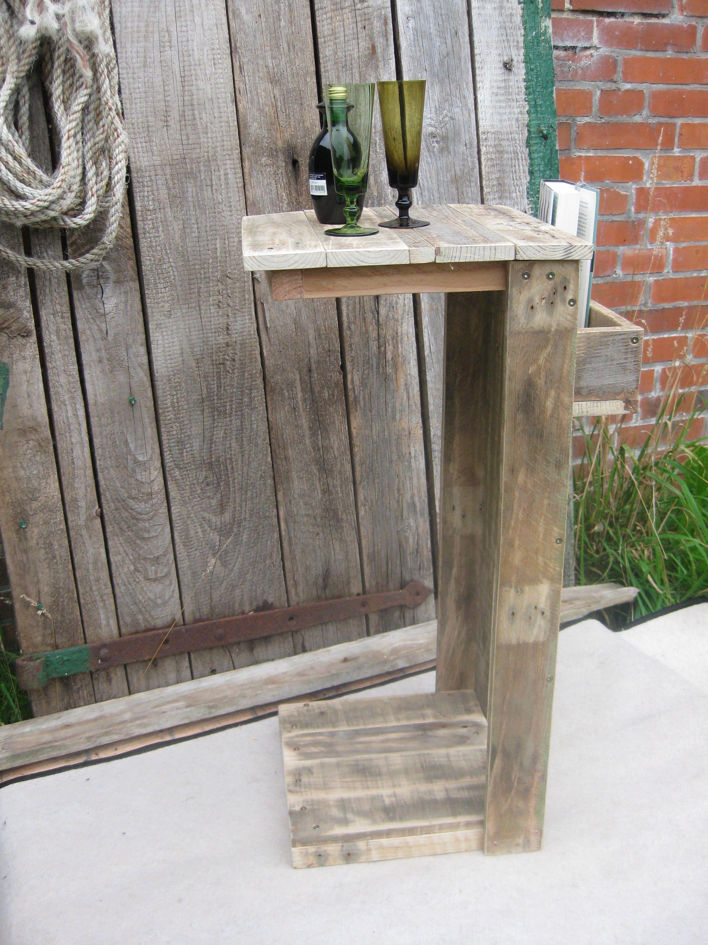 Stehtisch Aus Palettenholz Gebaut Upcycling Tisch Recycle Palett