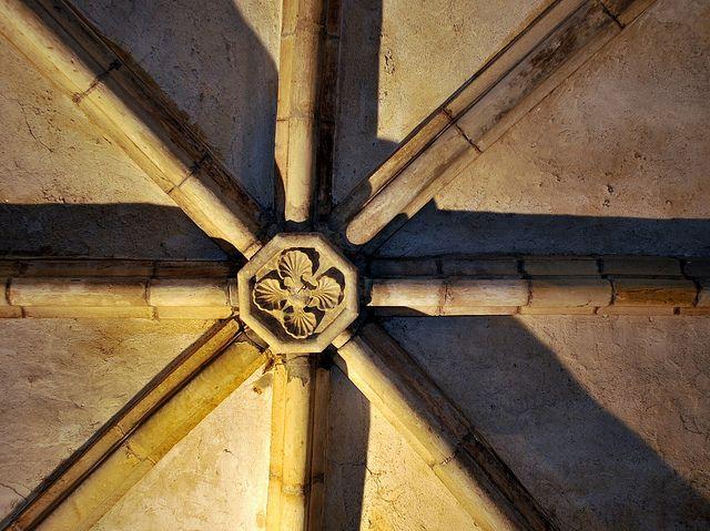 Tulle (Corrèze) - Ancienne Abbaye - clef de voûte