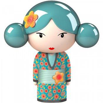 http://static1.decosoon.com/67634-thickbox_atch/stickers-kokeshi-aiko-vert.jpg