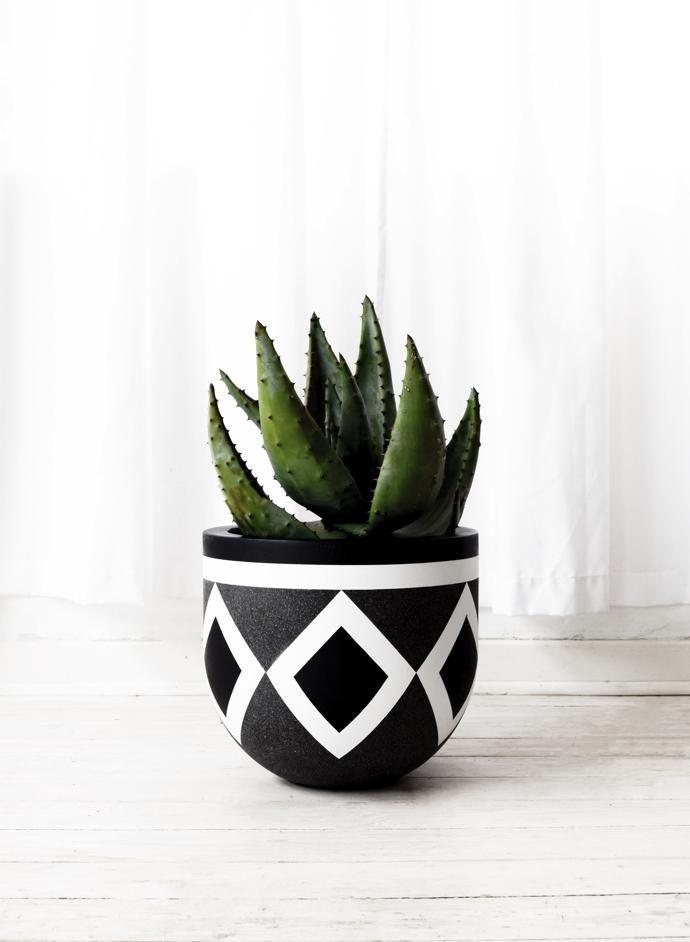 African Inspired Design Gold Bottom Pots Plant Pot Design Pot