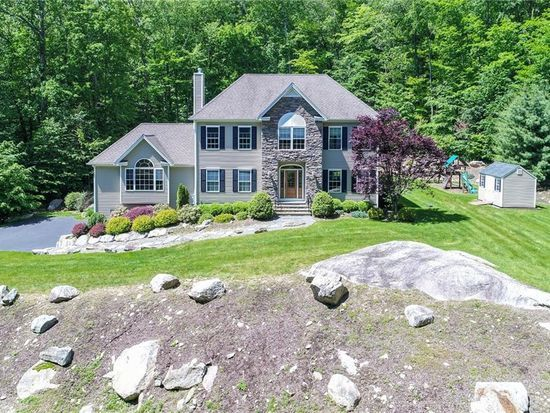 zillow has 151 homes for sale in monroe ct view listing photos rh pinterest com