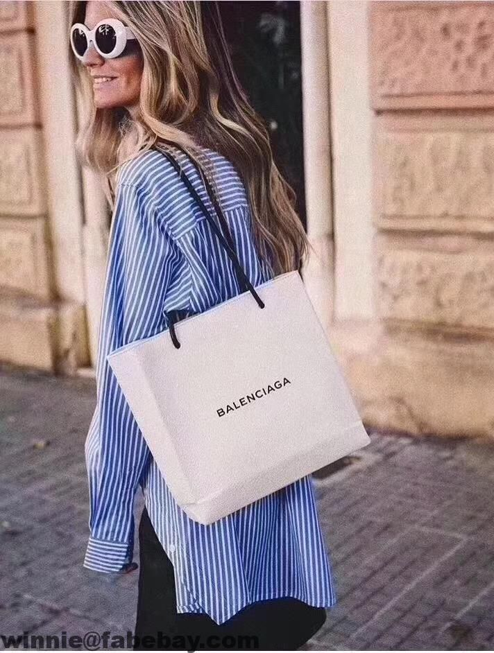 f5aa6f2877 Balenciaga Calfskin North-South Small Shopping Bag 2017   Balenciaga ...