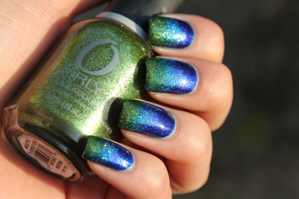 Nail art - blue/green