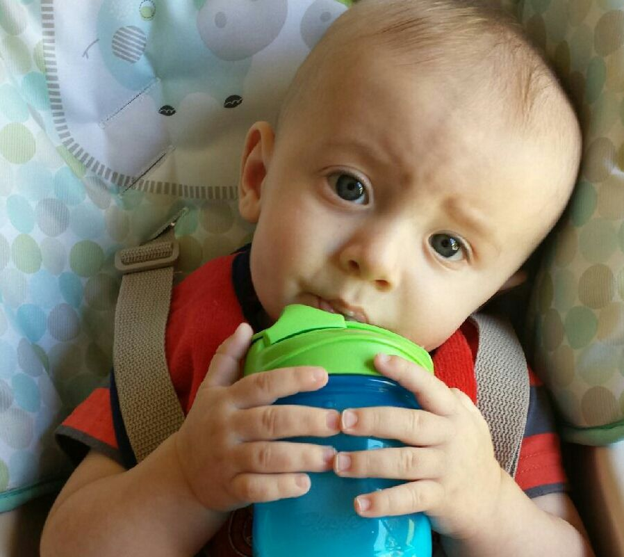 Hey Mommies! Anywhere from 4-6 months, it's ok to start introducing a cup. But should you teach your child to use a sippy cup or go straight to a straw cup?
