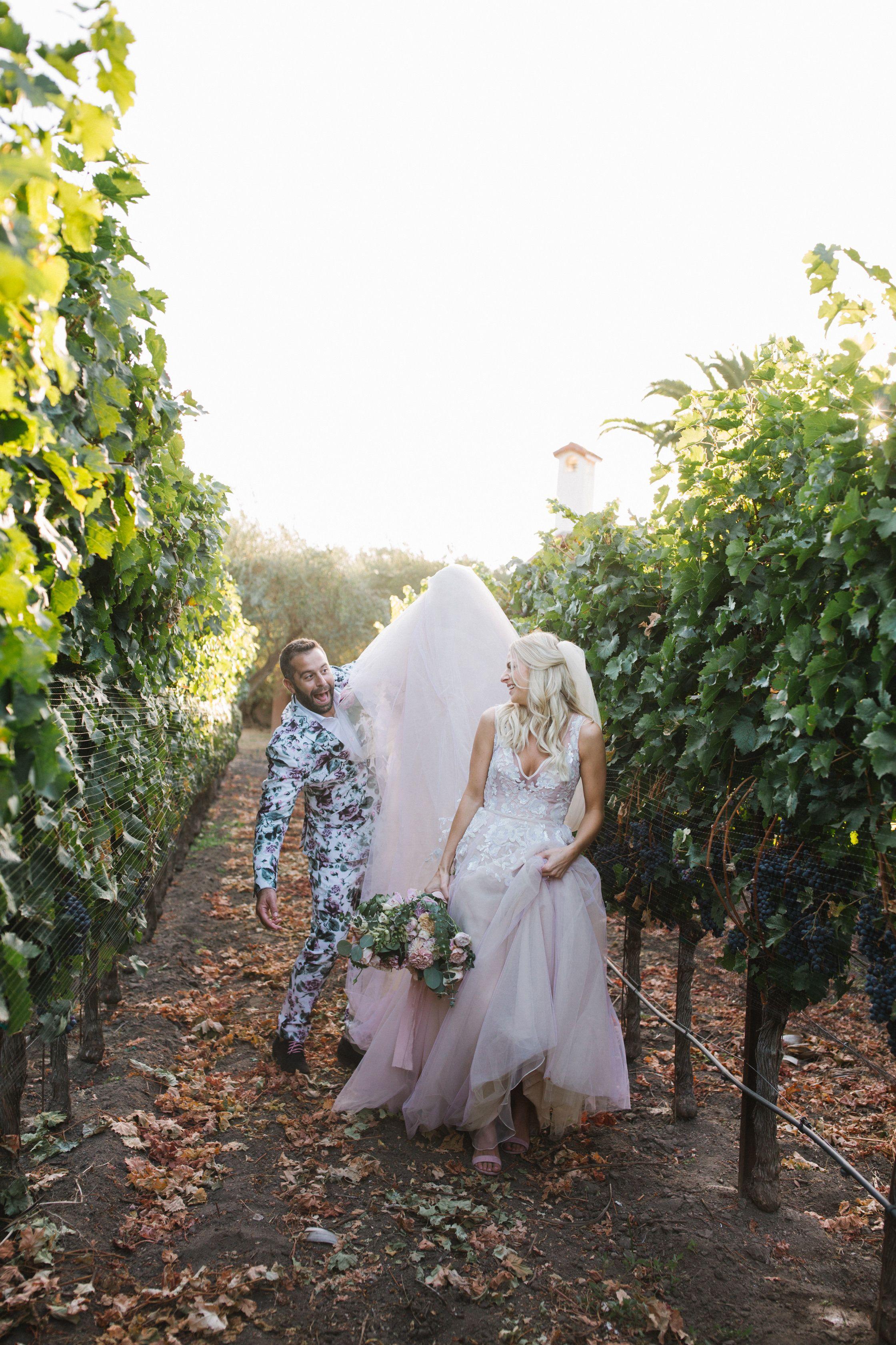 Pin By Amanda Macuga On Vineyard Wedding Vineyard Wedding Wedding Wedding Dresses [ 3360 x 2240 Pixel ]
