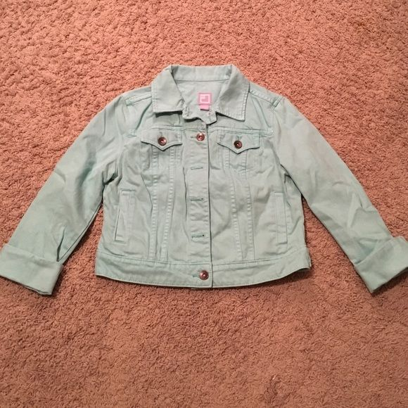 Mint Denim Jacket Perfect for spring! Sleeves are full length but cuff very nicely (as pictured). Two small hand pockets, plus two breast pockets with button closure. Color is a bit brighter than the photos show! jcpenney Jackets & Coats Jean Jackets