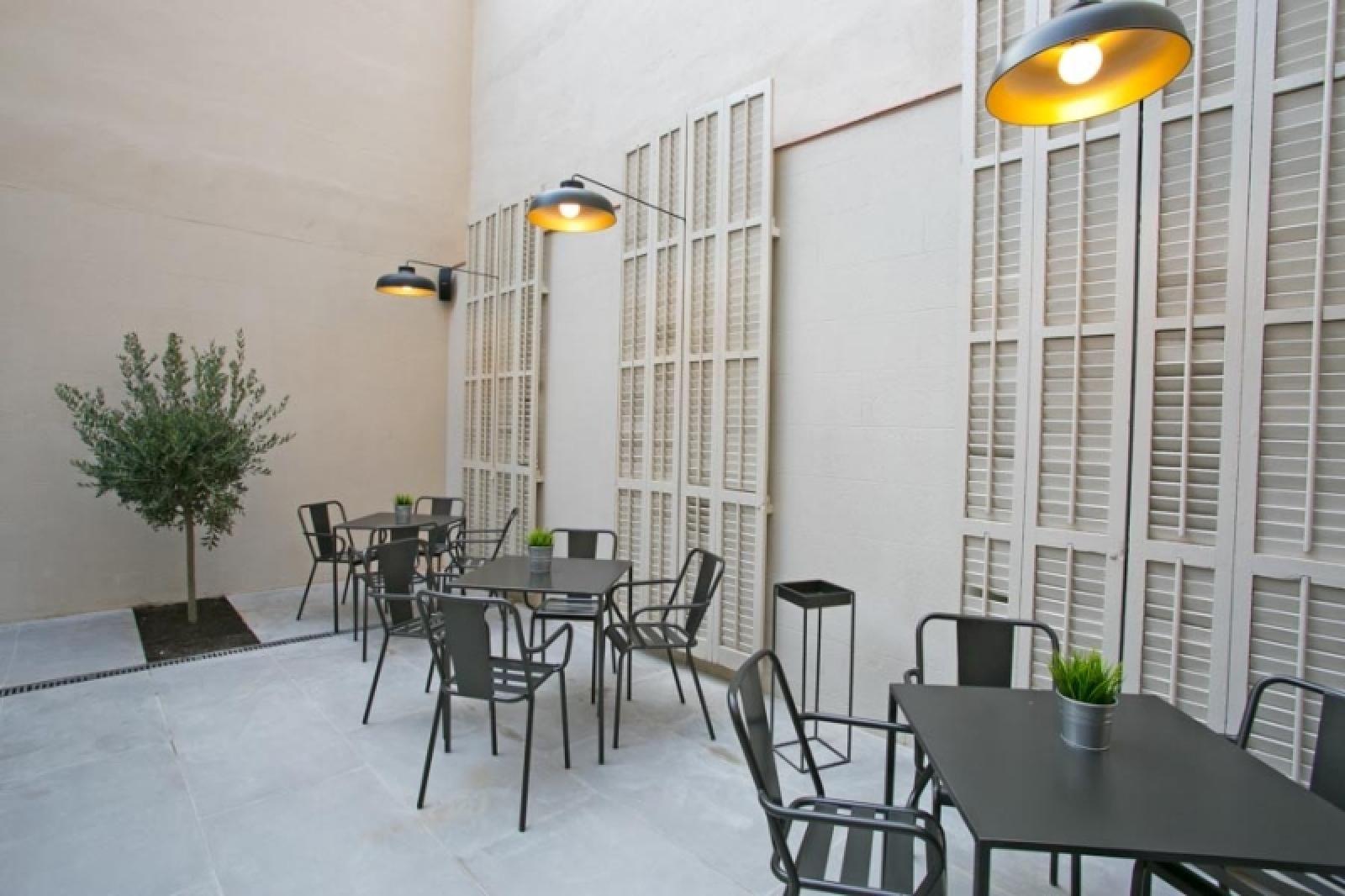 Mobiliario De Dadra En En Sant Jordi Hostel Rock Palace De  # Muebles Wonderfull