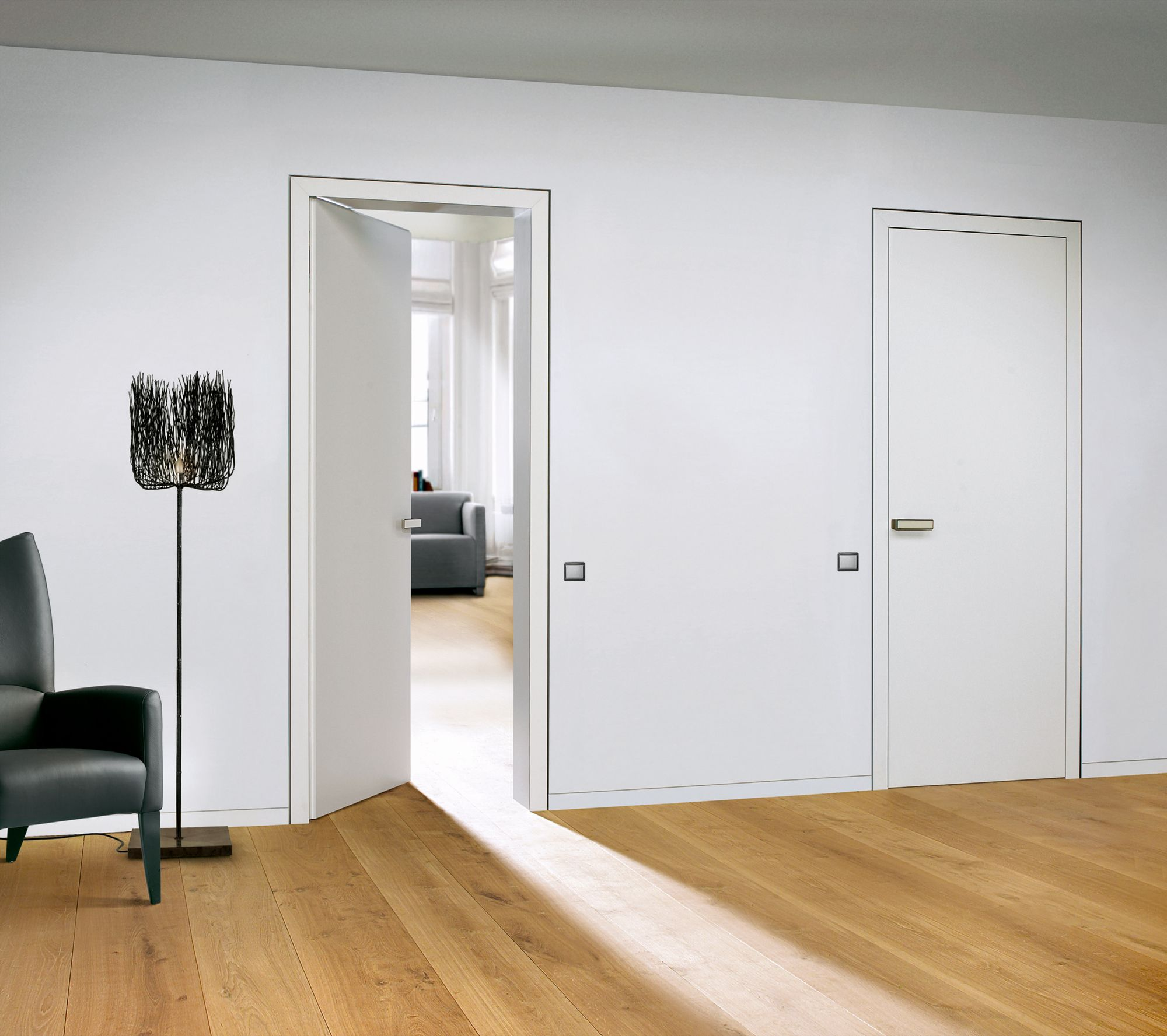 Interior Door From White Lacquer Finish And Matching Door Levers   Flush  Door Jamb And Flush