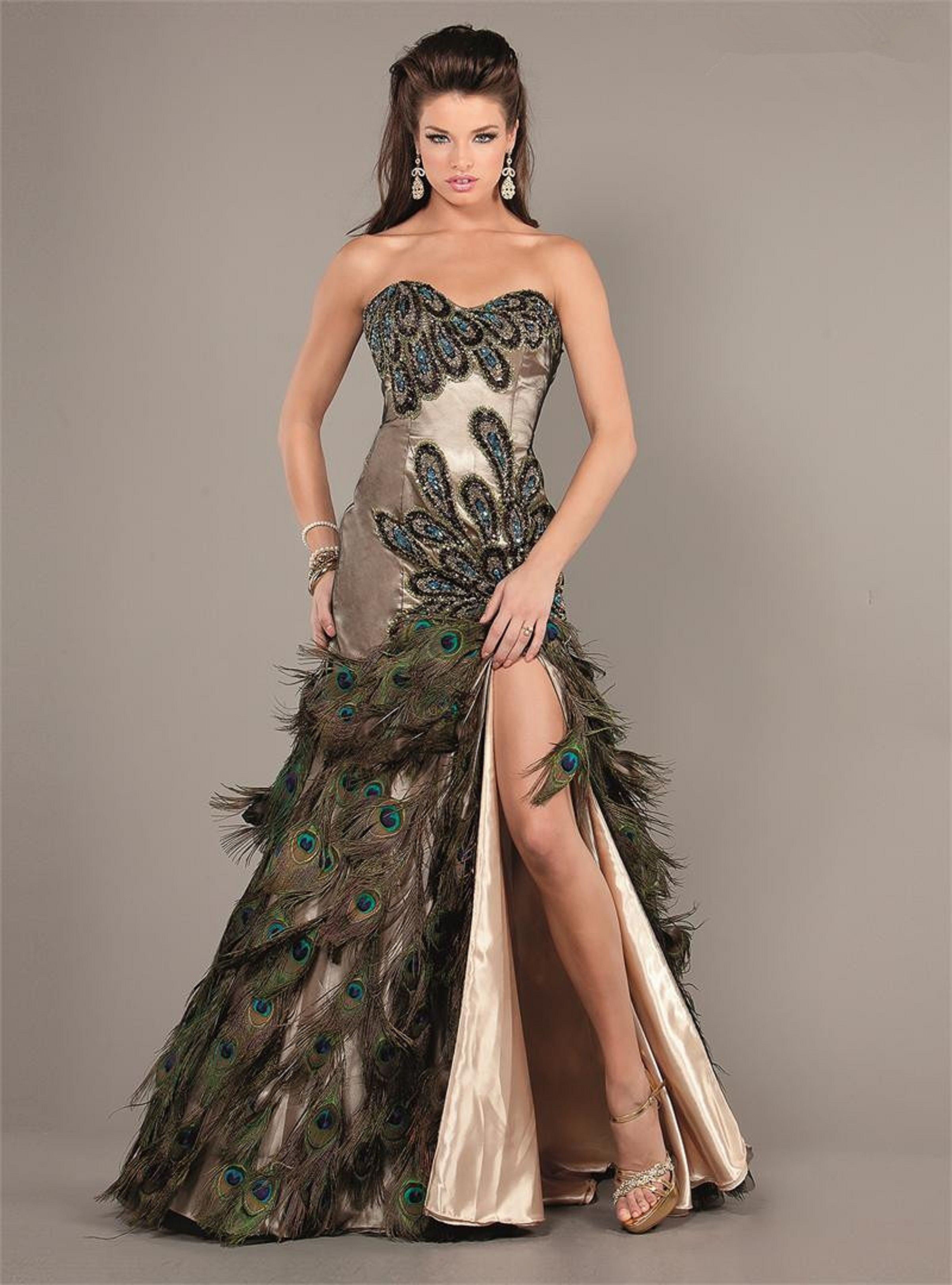 7bd9f4fb6dc8 Peacock Feathers Dresses for An Evening Party