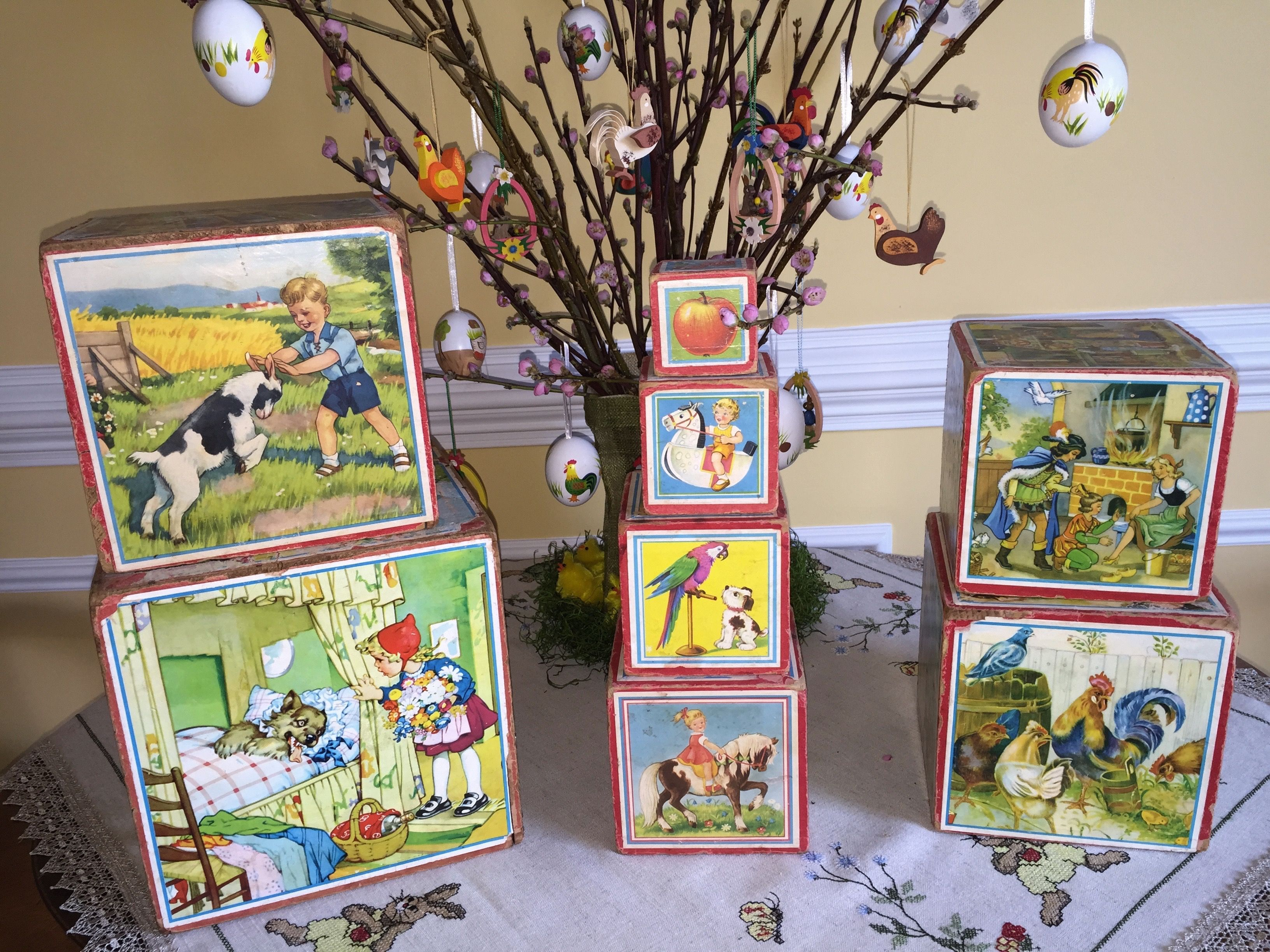 Easter Decoration German Wooden Nesting Blocks from the 50's