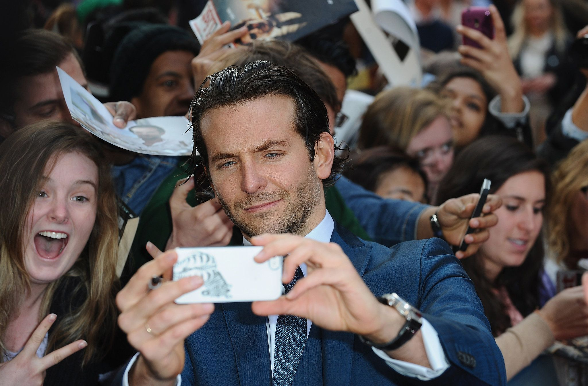 Celebrity Selfies With Fans: Do Celebrities Owe It To Us ...