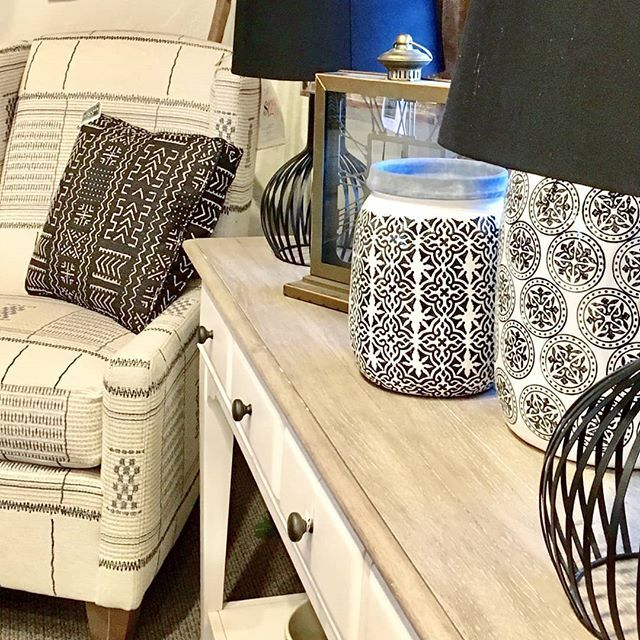 Who says neutrals can't be beautiful and bold?! So many black and white prints come together to make this fun look. ••••••••••••••••••••••••••••••••••••••••••••••••••••• #cfhome #gardnervillage #homesweethome #mystyle #myhome #newpossibilities #designlocal #interiordesign #interior_design #interiors #interiordesign #utahstyleanddesign #utahgram #utahliving #inspire_me_home_decor #hgtv #hgtvhome #fixerupper #fixerupperstyle #fixerupperinspired #myhomebeautiful #designlocal #interior4all #myhometr