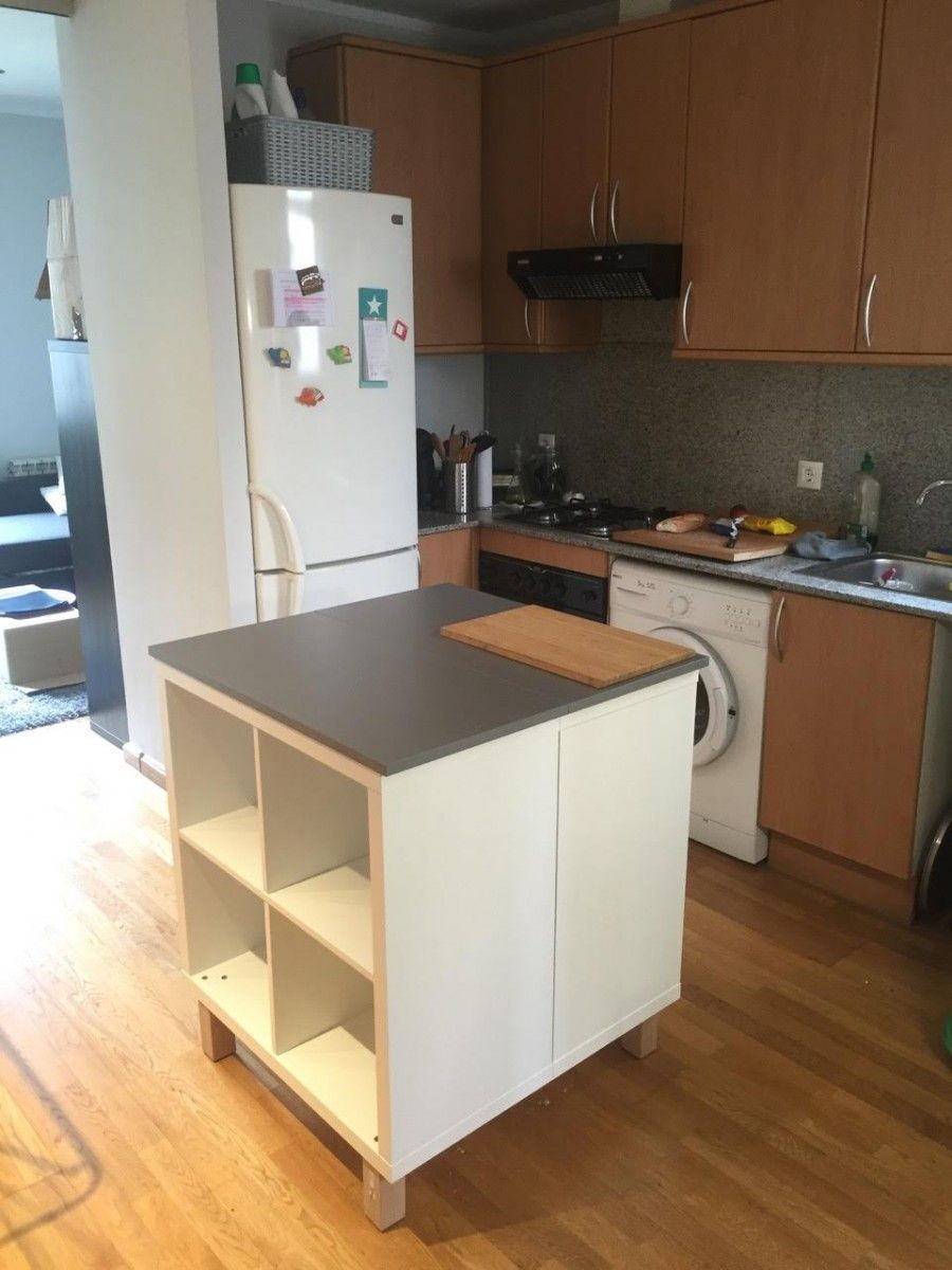Un nouvel ilot central cuisine avec kallax ikea hack for Ilot central avec table