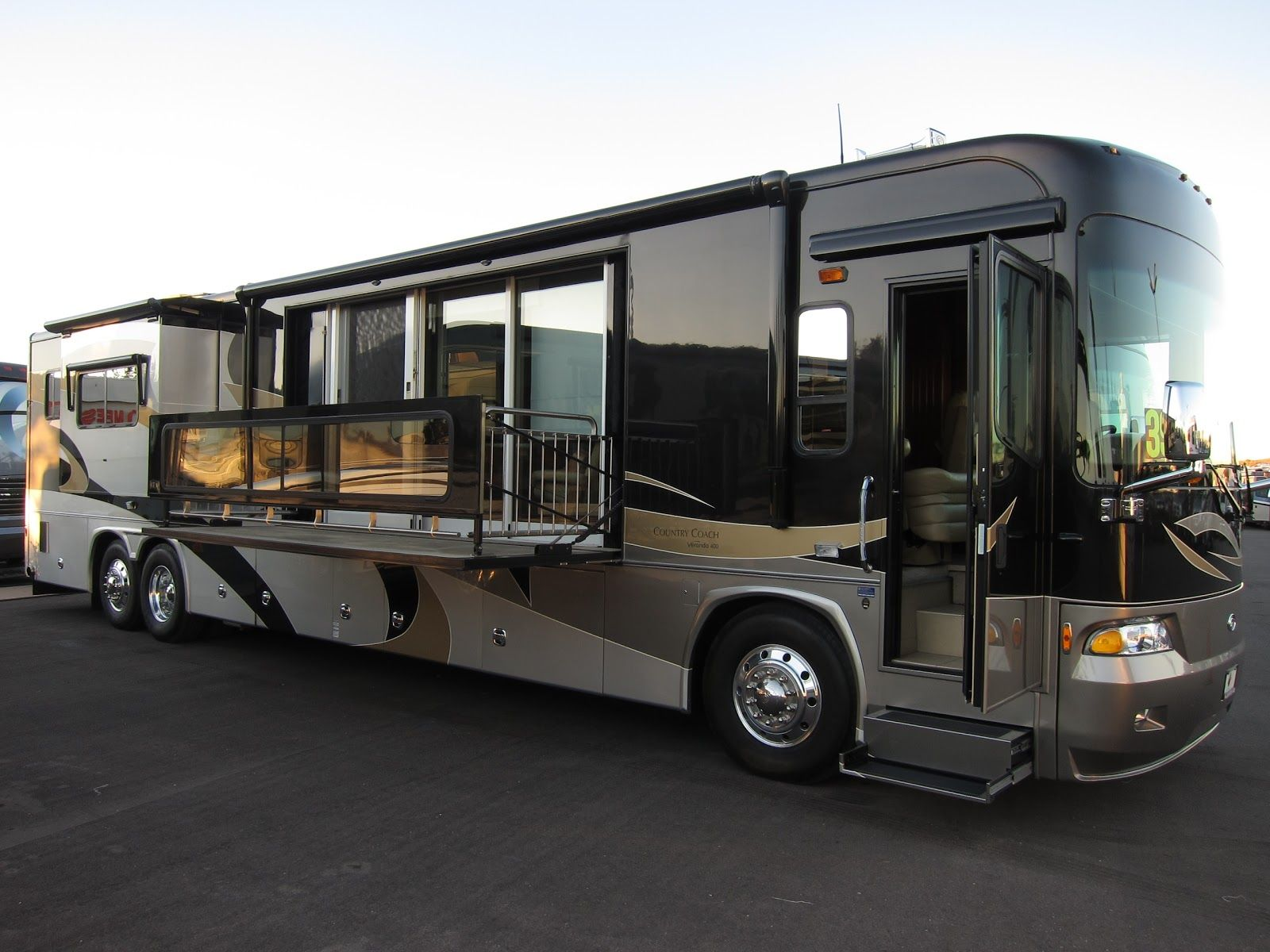 Even wondering about a rv that completed with modern for Motorhome garages