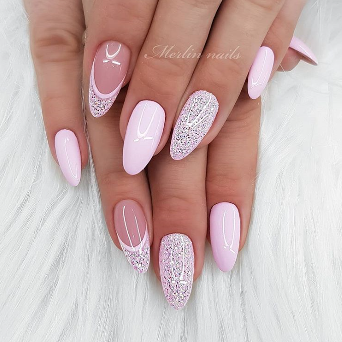 Photo of 30+ Tinged Short Almond Nails and Stilettos Nails – Fashion is an attitude.