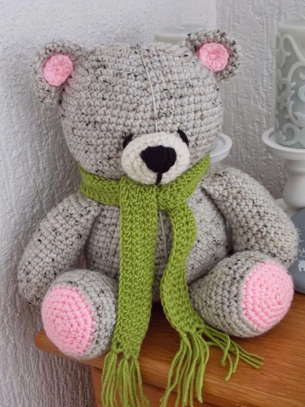 Renates Haken En Zo Forever Friends Beer Soft Crochet Toys