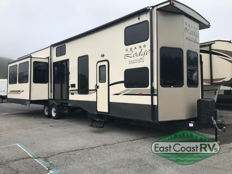 Check Out This 2018 Forest River Rv Wildwood Grand Lodge 42dlts