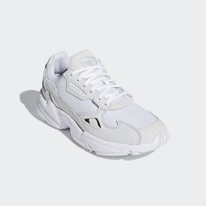 the latest 1abe8 41f52 Falcon Shoes White 11 Womens
