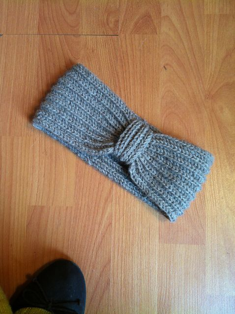 http://www.ravelry.com/projects/momyof8/brioche-rib-band